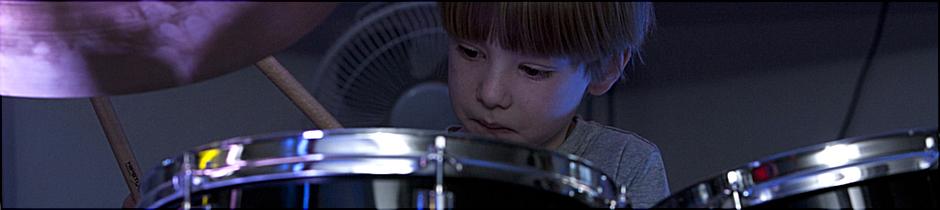 Drumline - Modern School of Drums & Percussion - Schlagzeug für Kinder in Elmshorn, Barmstedt, Glückstadt, Pinneberg, Uetersen, Tornesch, Itzehoe, Kaltenkirchen, Quickborn, Horst, Krempe, Wilster, Kreis Pinneberg, Kreis Steinburg, Hamburg